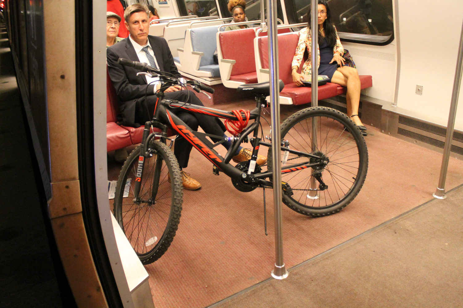 metro will now allow bicycles during rush hour dcist