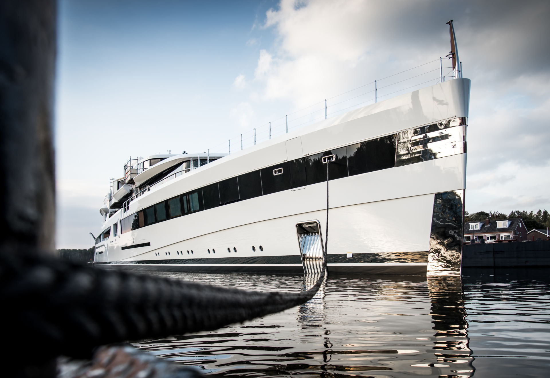 Dan Snyder Buys $100 Million Yacht As D C  Officials Work To