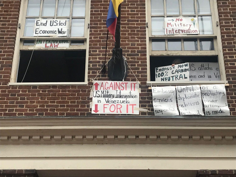 Activists Inside The Venezuelan Embassy No Longer Have Electricity